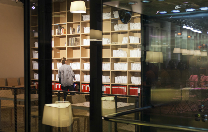 photo de la Bibliothèque de théâtre contemporain au Théâtre Joliette Minoterie